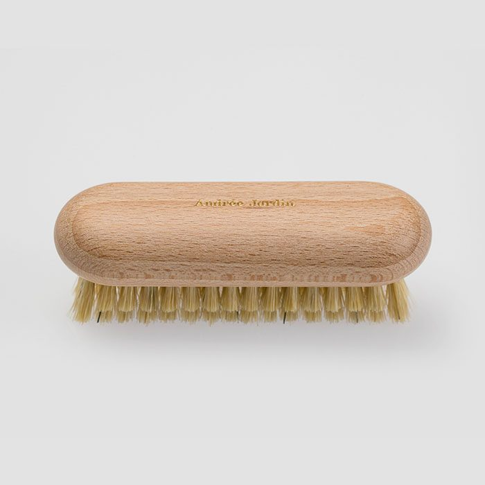 andreejardin-brosse-a-ongles-2